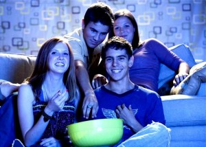 teenagers_watching_movie_42-17458086-300x214